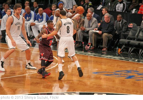 'Nate Robinso & Deron Williams' photo (c) 2013, Shinya Suzuki - license: http://creativecommons.org/licenses/by-nd/2.0/