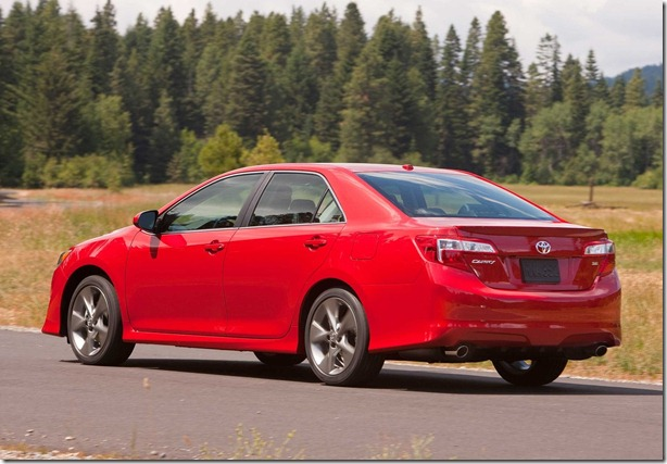 Toyota-Camry_2012_1600x1200_wallpaper_0e