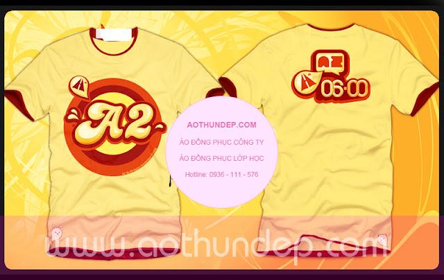 mẫu áo lớp màu vàng da hình in a2, cổ tròn tay màu đỏ đô