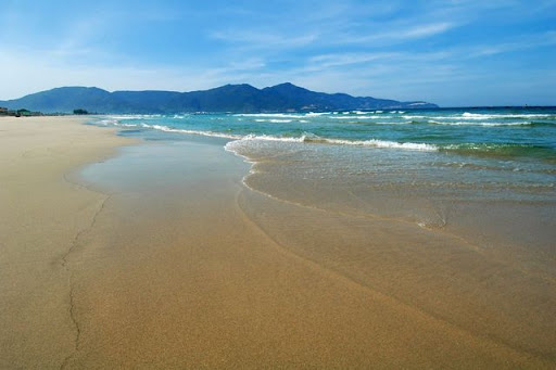 Sun%2C%20Sand%2C%20Sea%20 Welcome%20to%20China%20Beach%20 %20Danang Beach Photos