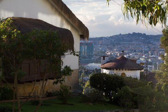 <p> View to Bogota from North District</p>