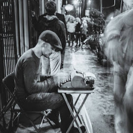 Pick a subject, get a poem by Corinne Cavallo - People Street & Candids