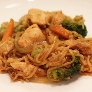Simple Chicken Chow Mein