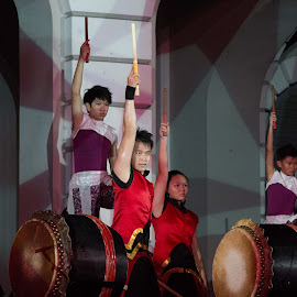 Singapore Night Festival - Zingo 1 by Michael Pua - People Musicians & Entertainers