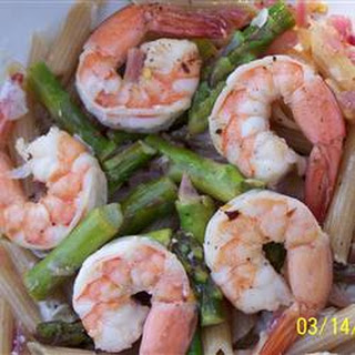 Elegant Penne with Asparagus and Shrimp