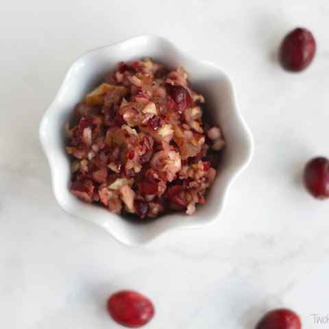 Easy Cranberry Sauce with Apples, Pecans and Pineapples (5 Minutes and No Cooking!)