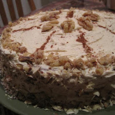 Cinnamon Lovers' Cinnamon-Walnut Cake