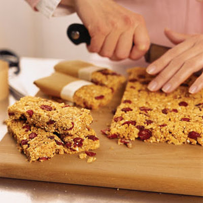Cranberry-Almond Granola Bars