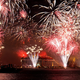 New Year Fireworks Dubai by Reghunath Kr - News & Events Entertainment