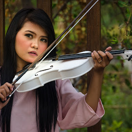 Violin by Ika Prawesty Wulandari - People Musicians & Entertainers ( music, biola, violin, woman, white, musician, pink, entertainer, portrait,  )