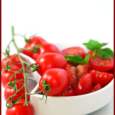 Tomato Strawberry Salad