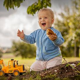 Little Jas :) by Wojtek Nowak - Babies & Children Children Candids