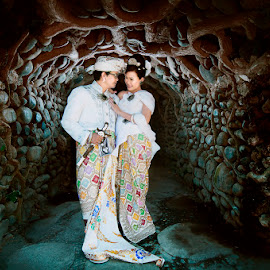 Love in Bali by Amin Basyir Supatra - Wedding Bride & Groom ( love, bali, balinese, prewedding, wedding, couple, culture )