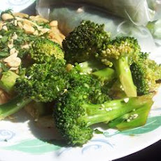 Chinese-Style Broccoli Salad