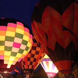 Hot Air Balloon Glow by Shelly Priest - Transportation Other ( colors, balloons, glow, hot air balloons, light, evening )