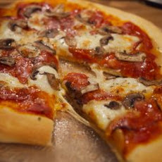 Bacon & Fresh Mozzarella Pizza Recipe