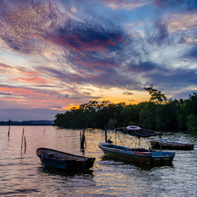 Boats under a Bornean Sky by Mahdi Hussainmiya - Landscapes Sunsets & Sunrises ( clouds, water, sunset, boats, sea, ocean )