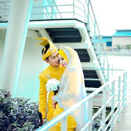 by Hanafi Zainal - Wedding Bride & Groom