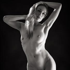 Katy - studio nude by Barrie Spence - Nudes & Boudoir Artistic Nude ( art nude, arri fresnel, blonde, nude, blonde hair, female nude, studio nude )