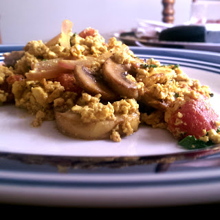 Mixed Vegetable Vegan Eggs! (Tofu Scramble)