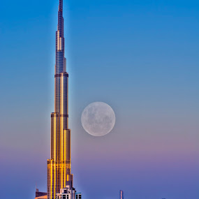 The Burj and The Moon by Andy Arciga (www.arcigaandy.com) - Buildings & Architecture Other Exteriors ( landmark, dubai, burj khalifa, , Urban, City, Lifestyle )