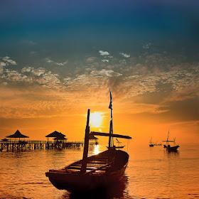 boat1500pix.jpg