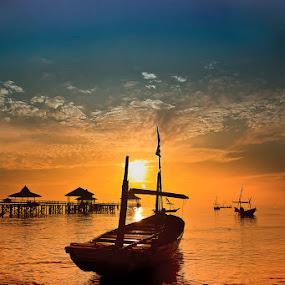 Parking boat by Mc Pujiyanta - Transportation Boats (  )
