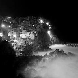 Milky night by Marco Parenti - Landscapes Waterscapes ( night photography, waterscape, black and white, landscape, italy, nightscape, b&w )