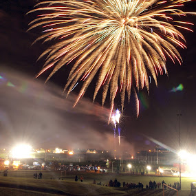 Airdrie Fireworks 2 by Tommy  Cochrane - News & Events World Events ( 5th november, guy faulkes, fireworks, display )