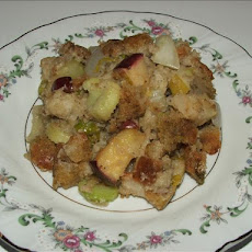 Kelly's Holiday Apple and Sausage Stuffing