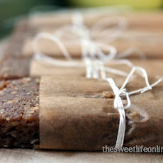 Raw Banana Bread Breakfast Bars