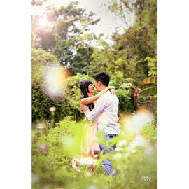 by Michael Andreas - People Couples ( andrephotograph, MUA, ynkmakeup, pin, 276FB23E, blackberry, 73F74BB8, android, promo, couple, outdoor, nofilter, Indonesia, Semarang, followme )