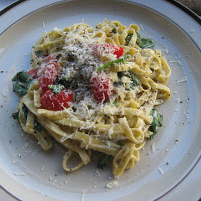 Linguine with Goat Cheese, Spinach and Grape Tomatoes