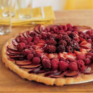 Fresh-Fruit Pizza with Lemon Curd