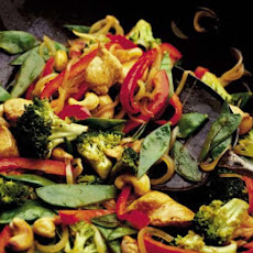 Broccoli, Chicken & Cashew Nut Stir Fry
