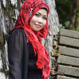 Hijab by Mohamad Haikal - People Fashion