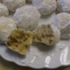 Wedding Cookies (Snowballs, Russian Tea Cakes)