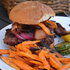 Bacon Hamburger with sweet potato fries and squash by Nicky Semenza - Food & Drink Plated Food