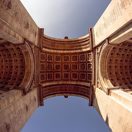 Arc de Triomphe by Julien B. - Buildings & Architecture Statues & Monuments