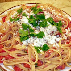 Spaghetti with Tomatoes and Feta