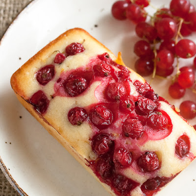 Red Currant Yogurt Cakes