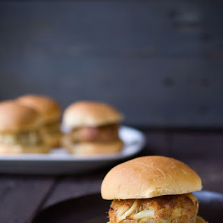 Jumbo Lump Crab Cake Sliders