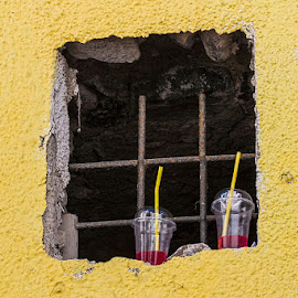 framed by Vibeke Friis - Food & Drink Alcohol & Drinks ( yellow wall, drinks,  )