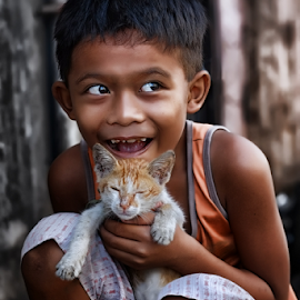 My best friend  by Ferdinand Ludo - Babies & Children Child Portraits ( happy living, simple life, f. gonzales street, cebu city, child and cat play and hold, easy contentment )
