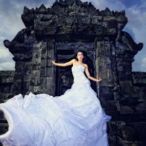 princes palaosan by Anugrah Fajar - People Fashion