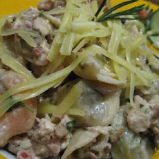 Pasta With Mushroom, Bacon and Walnut Sauce