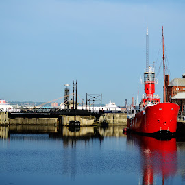 Albert Dock by Daniel Beckert - Transportation Boats ( red, liverpool, albert, boat, dock )