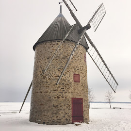 Windmill by A R - Buildings & Architecture Statues & Monuments ( quebec )