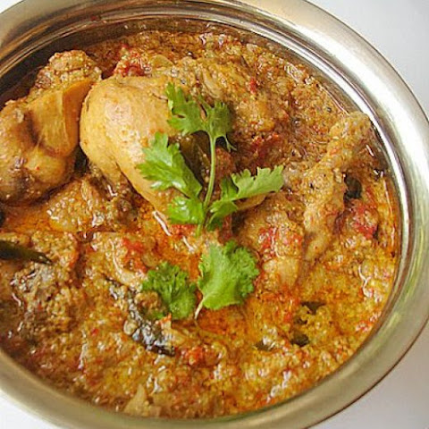Slow Carb Peppery Chicken Curry