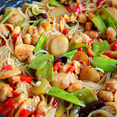 Kung Pao Chicken Noodle Stir Fry